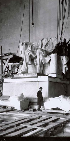 Abraham Lincoln Statue installation in the Lincoln Memorial, Washington, DC, 1920